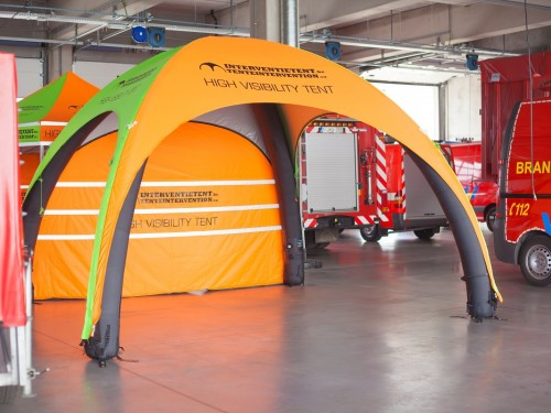 Inflatable tent | High Visibility