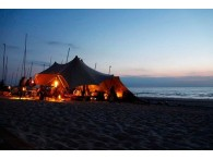 lounge tent stretch beach