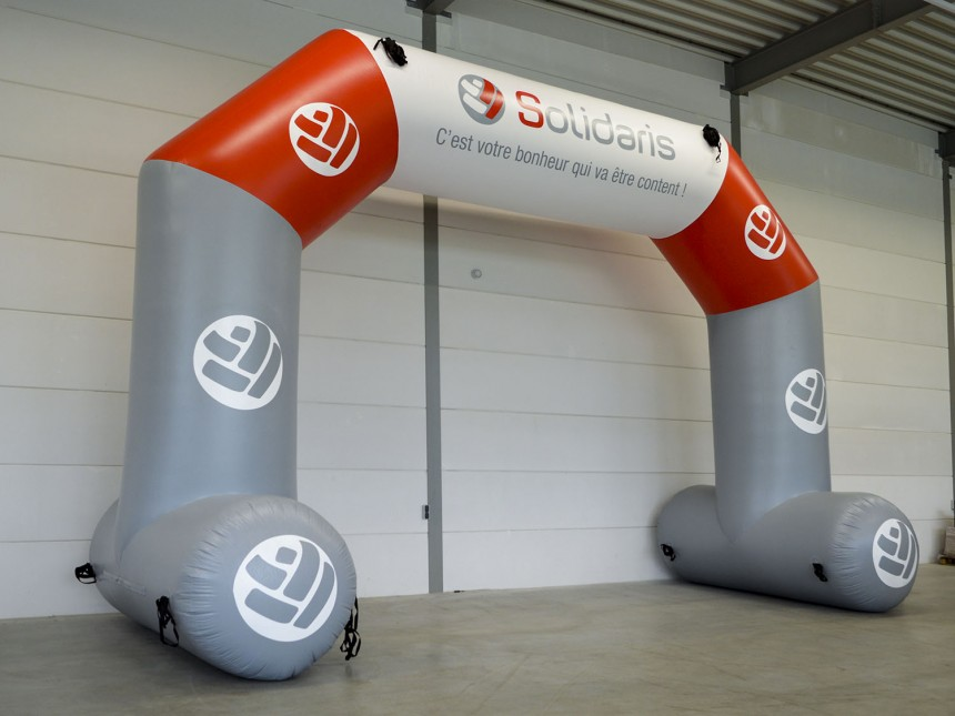 Printed finish arch with stabilizer Solidaris (8x5,7m)