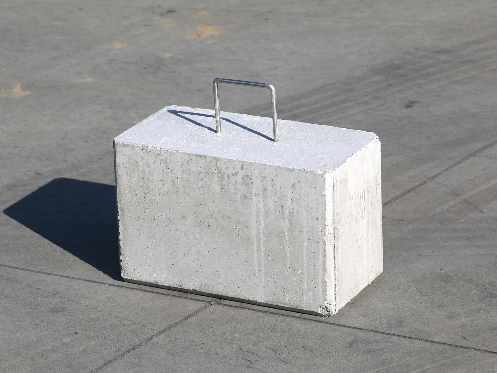 betonblok 45 kg koop makkelijk online handgreep om te verplaatsen. Black Bedroom Furniture Sets. Home Design Ideas